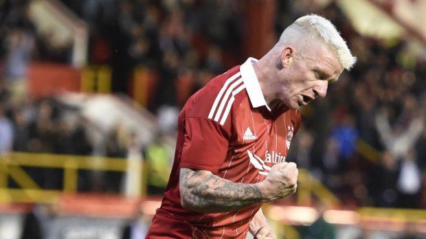 Jonny Hayes scores for Aberdeen