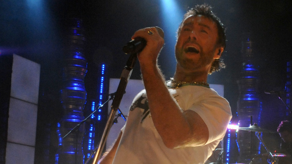 Paul Rodgers, performing with Queen in London in 2008 .