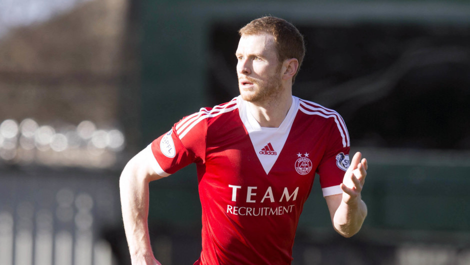Aberdeen defender Mark Reynolds is facing at least a month on the sidelines.