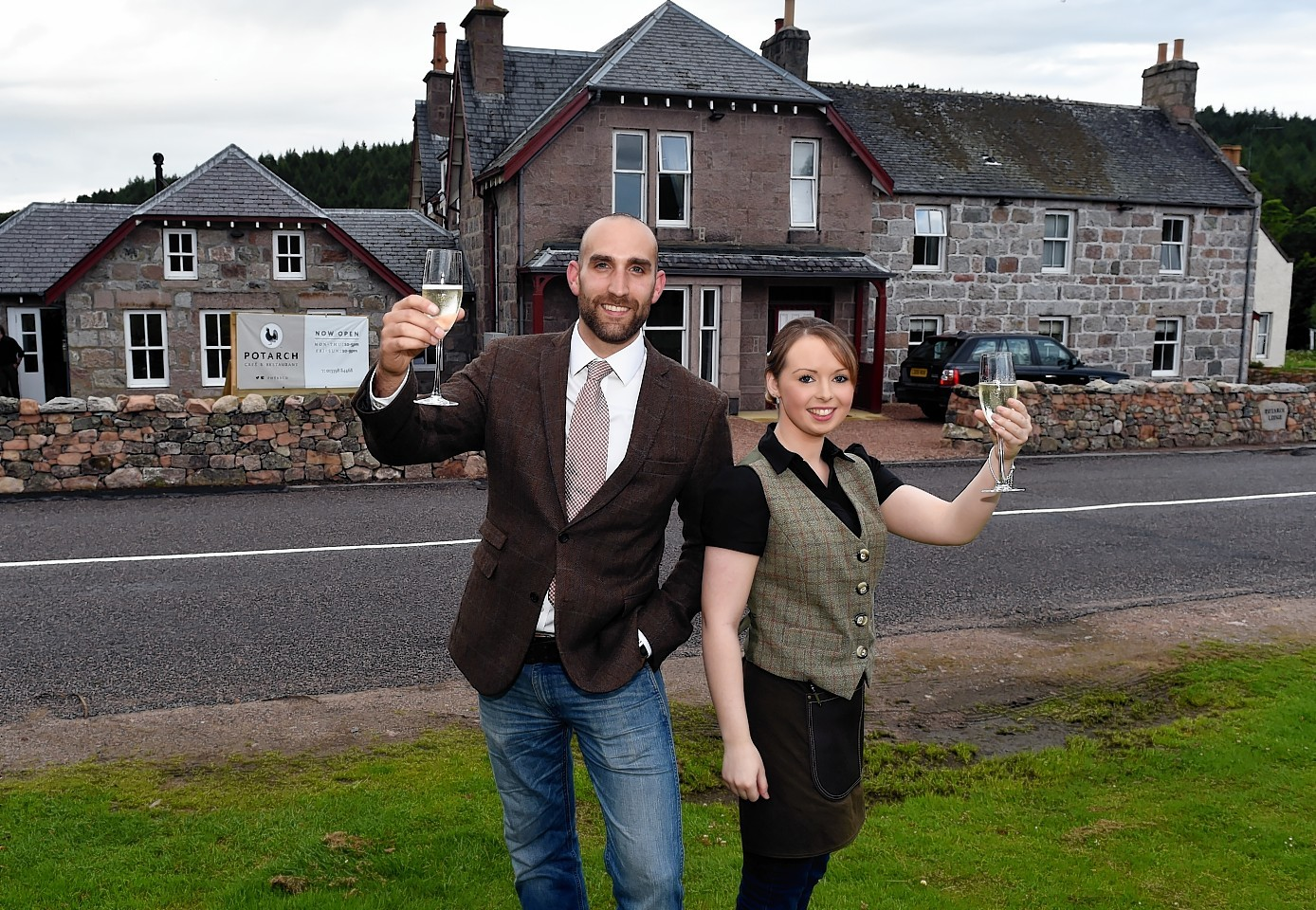 The Potarch Hotel officially opened after closing down for refurbishment. Property Manager Lewis Gray and restaurant manager Nicolle Stewart. Picture by COLIN RENNIE.