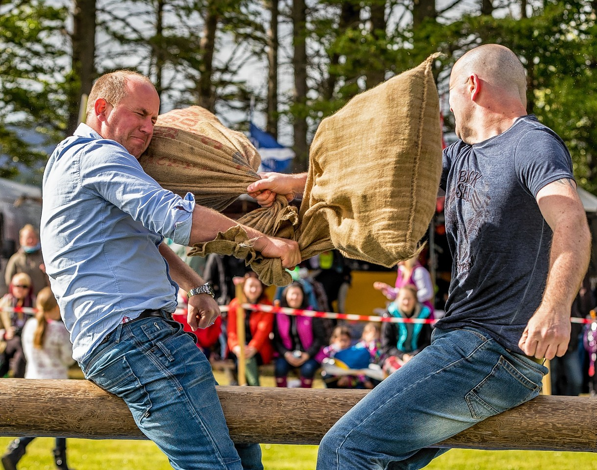 Martine Irvine from This Farmers Life gets a pillow in the face.