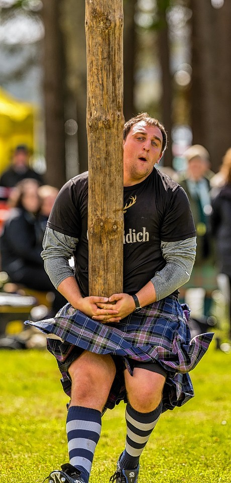 Kyle Randalls with the Caber.