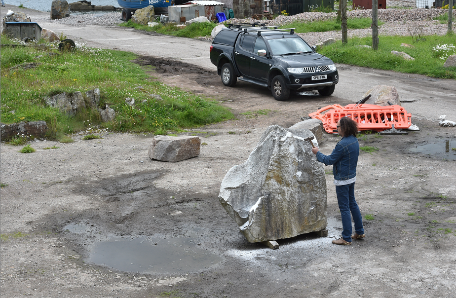 Sculptor Albertino Costa has been commissioned by the Cove in Bloom committee to create a sculpture at the harbour