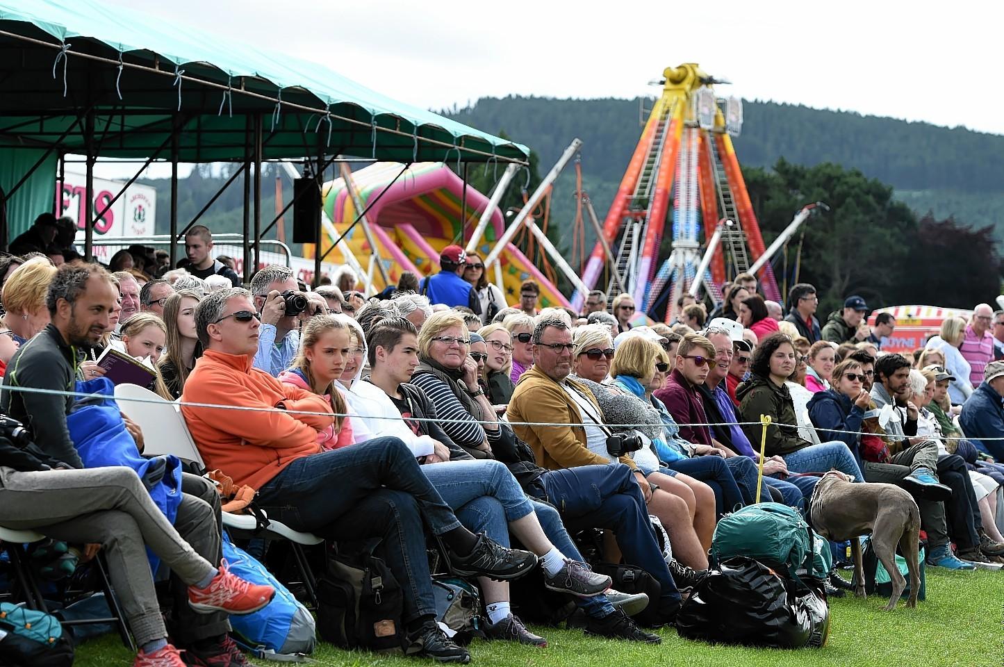 Crowd at Aboyne Highland Games. Credit: Kenny Elrick.
