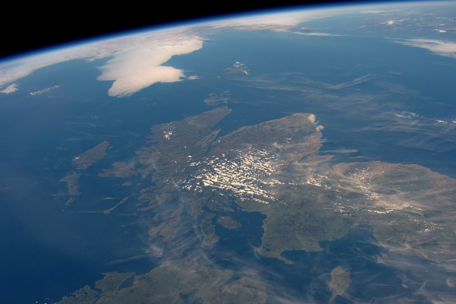 Scotland from the International Space Station (Twitter / @Astro_Jeff)