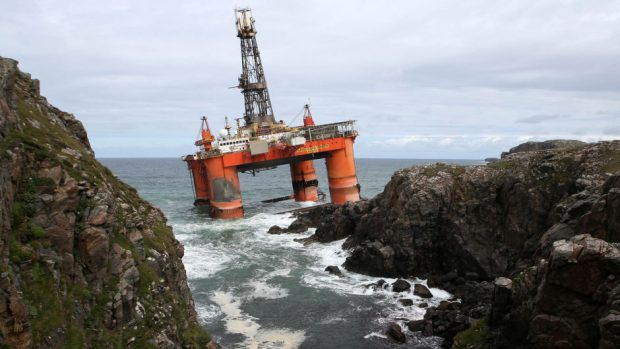 The Transocean Winner drilling rig has been refloated after running aground on rocks