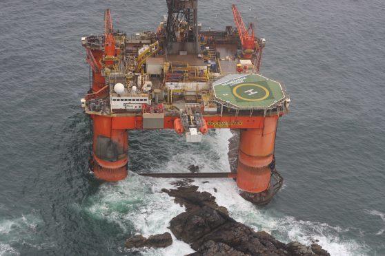 The stranded Transocean Winner oil rig