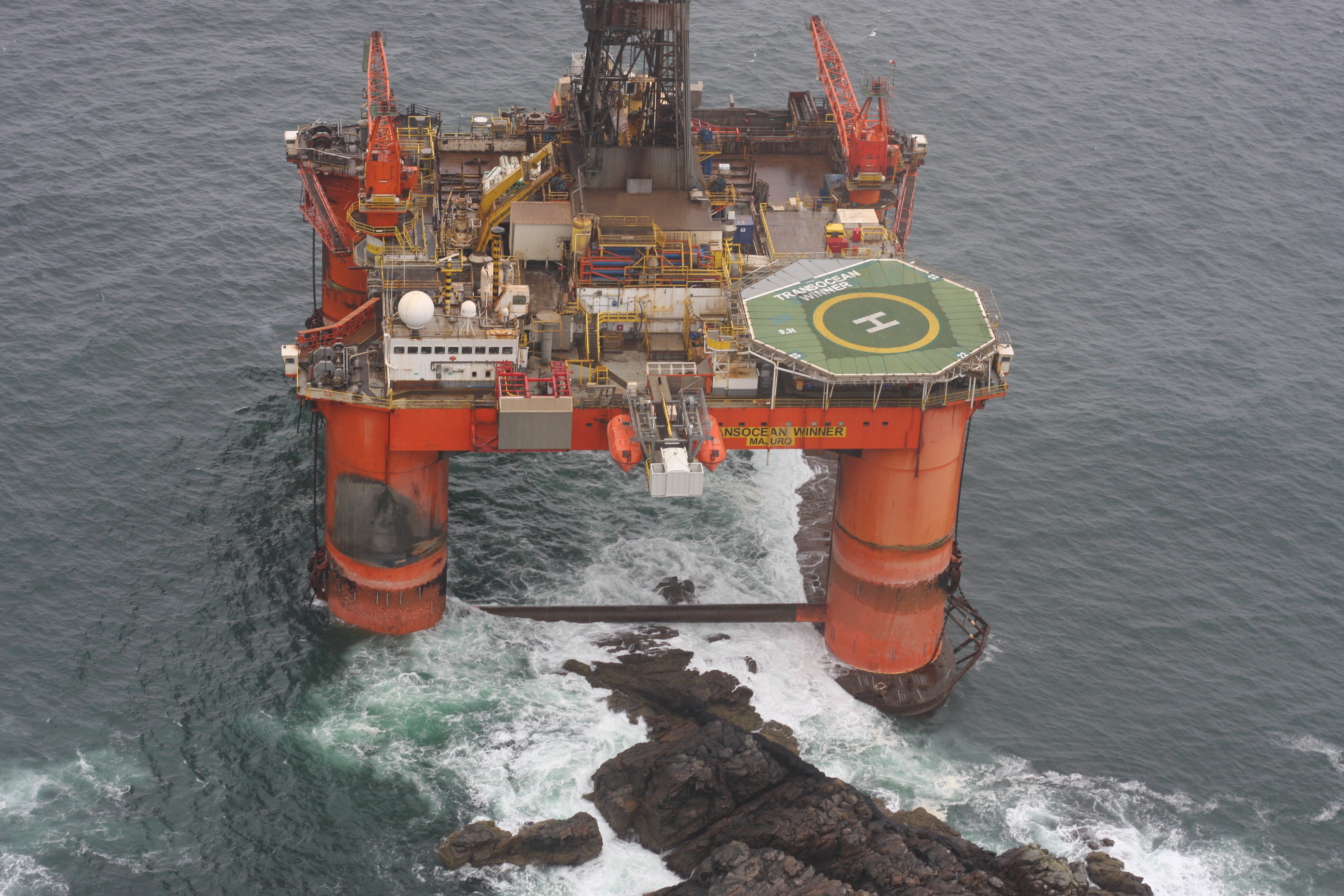 The stranded Transocean Winner oil rig