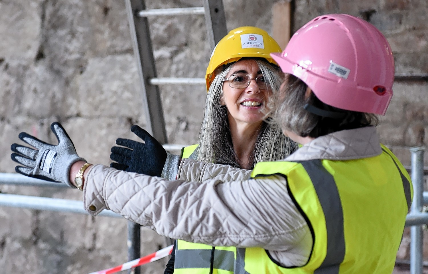 Dame Evelyn Glennie and Christine Rew, Art gallery manager.