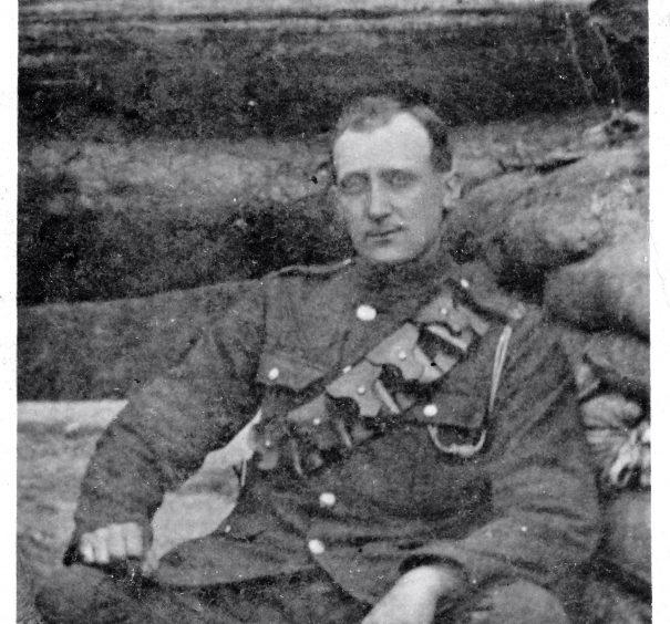 Gunner Frederick  Tipping.