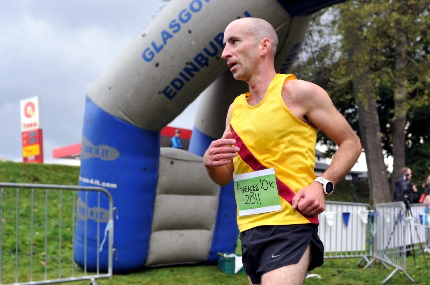 Winners of the 10k were, for men, Donnie MacDonald, Inverness Harriers.