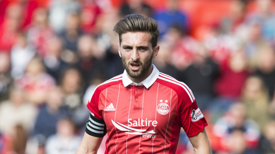 Aberdeen's Graeme Shinnie believes the Dons can shock Celtic on Sunday.