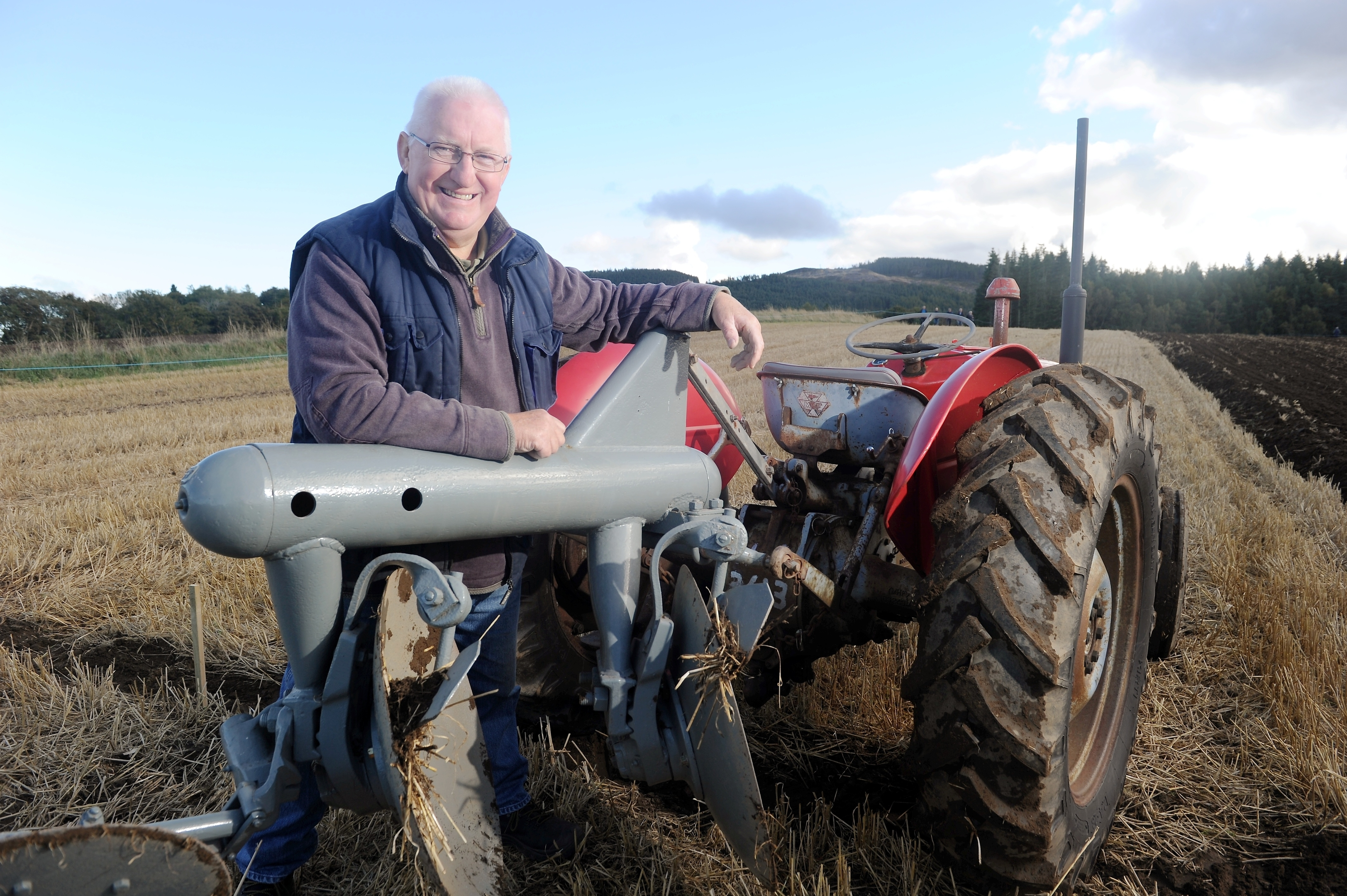 Sandy Allison of Lairg with his 1958 Ferguson Tractor and same vintage disc plough. Pics by Sandy McCook