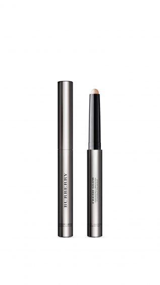Fresh Glow Highlighting Luminous Pen Nude Radiance 01, available from burberry.com