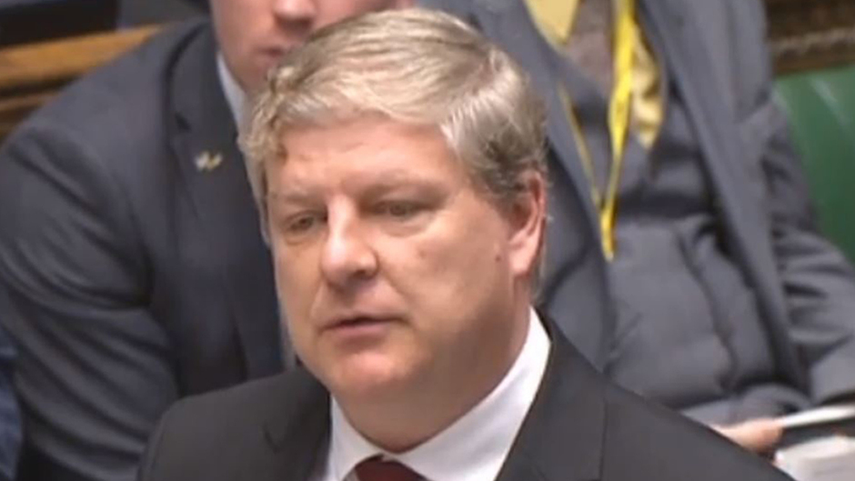 Angus Robertson suggested Scotland could make better economic choices if it were independent