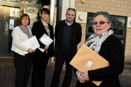Mortuary for Moray lead campaigner, Maryan Whyte handed over a petition which calls for improved mortuary facilities in Moray at NHS Grampian