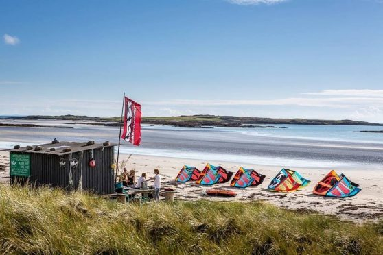 Blackhouse Watersports  appealed the council's decision to refuse retrospective planning permission for its beach hut at Balevullin Beach.