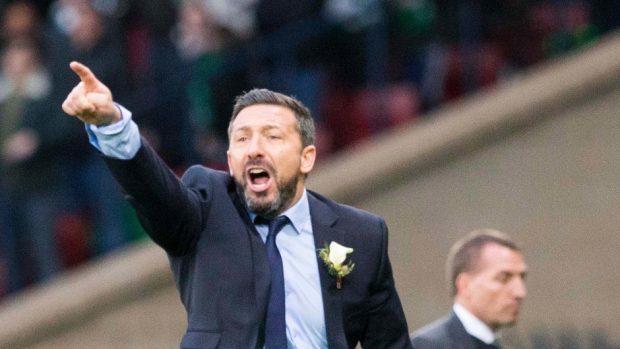 Aberdeen manager Derek McInnes has emerged as a contender for the Scotland job.
