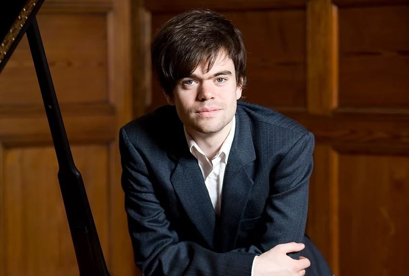 Christopher Guild has now recorded two albums devoted to the music of Ronald Stevenson.
