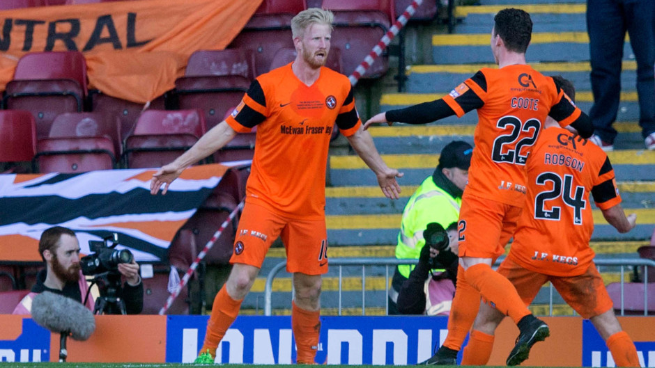 Thomas Mikkelsen in action for Dundee United
