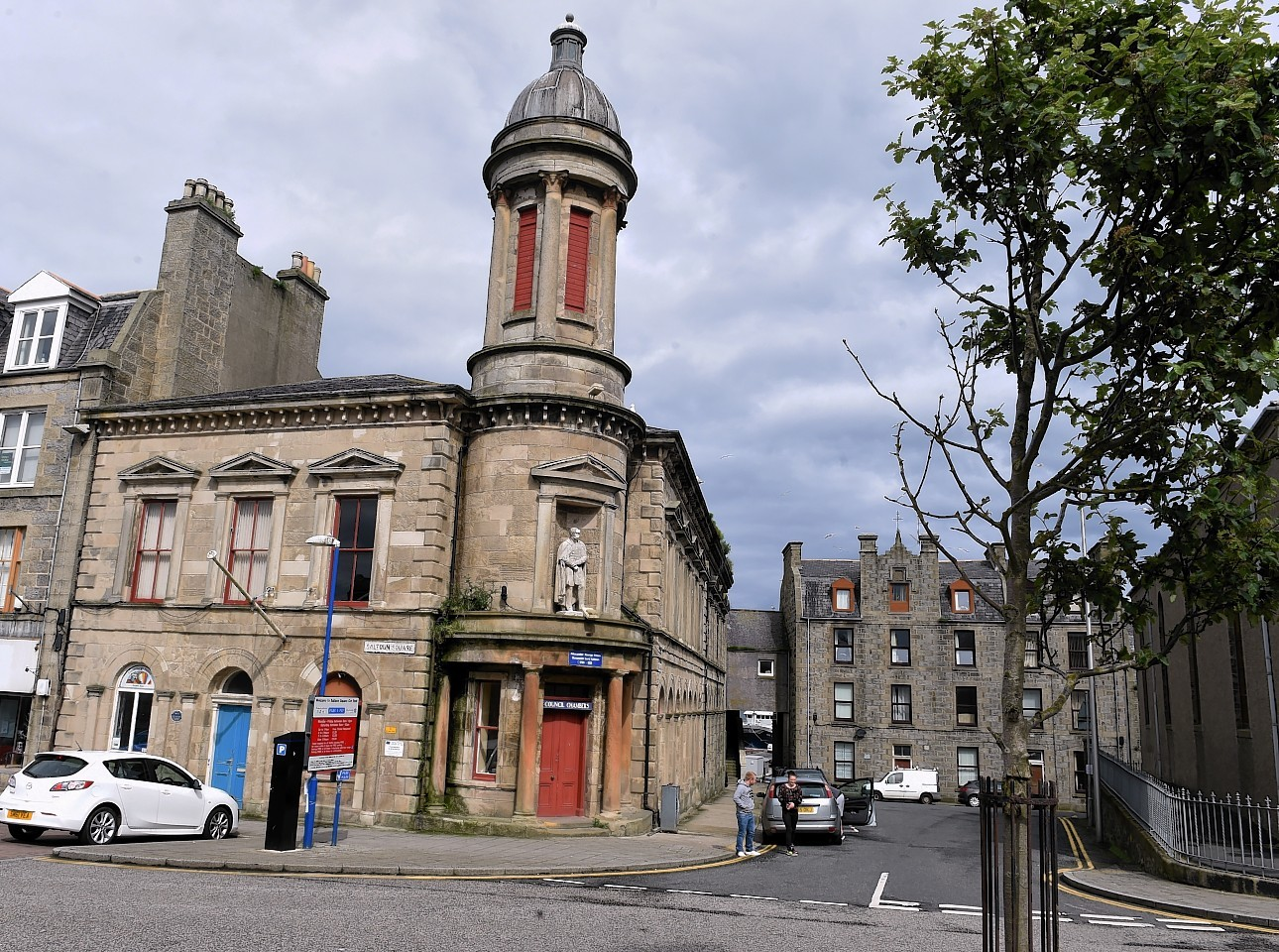 The port's town house.