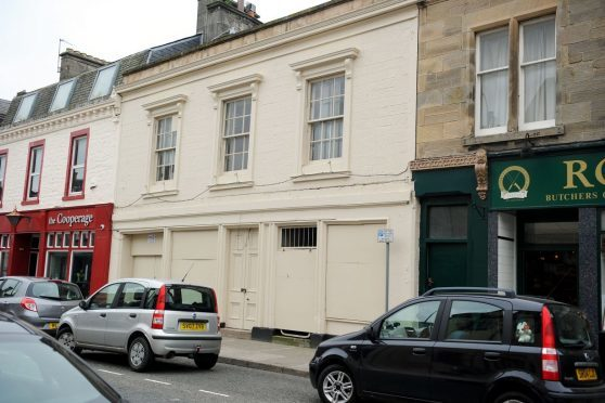 The former tobacconist on Elgin's High Street has been empty since 2008.