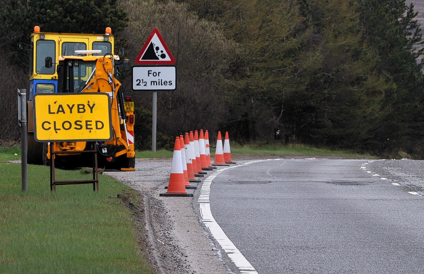 Delays are likely from Monday due to essential roadworks on the A9 southbound near Daviot.