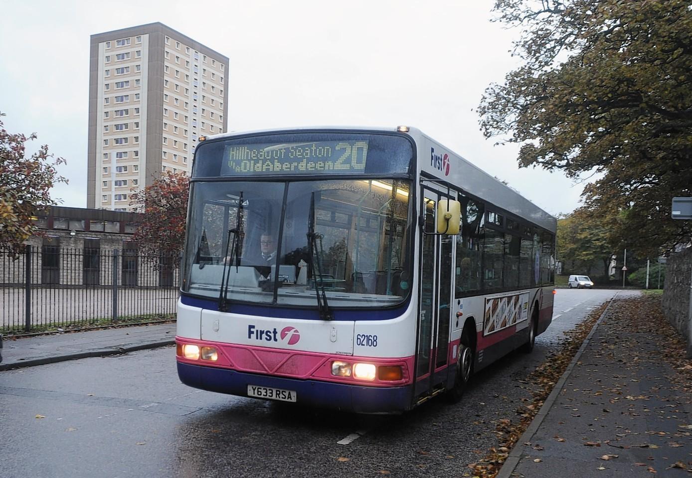 campus-bus