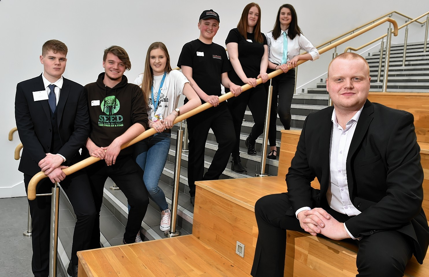 l-r team managing directors Archie Whyte, Spencer O'Grady, Mairi Falls, Jordan Kearney, Robyn Connell, Megan Kemp with lead judge Jamie Hutcheon of Cocoa Ooze