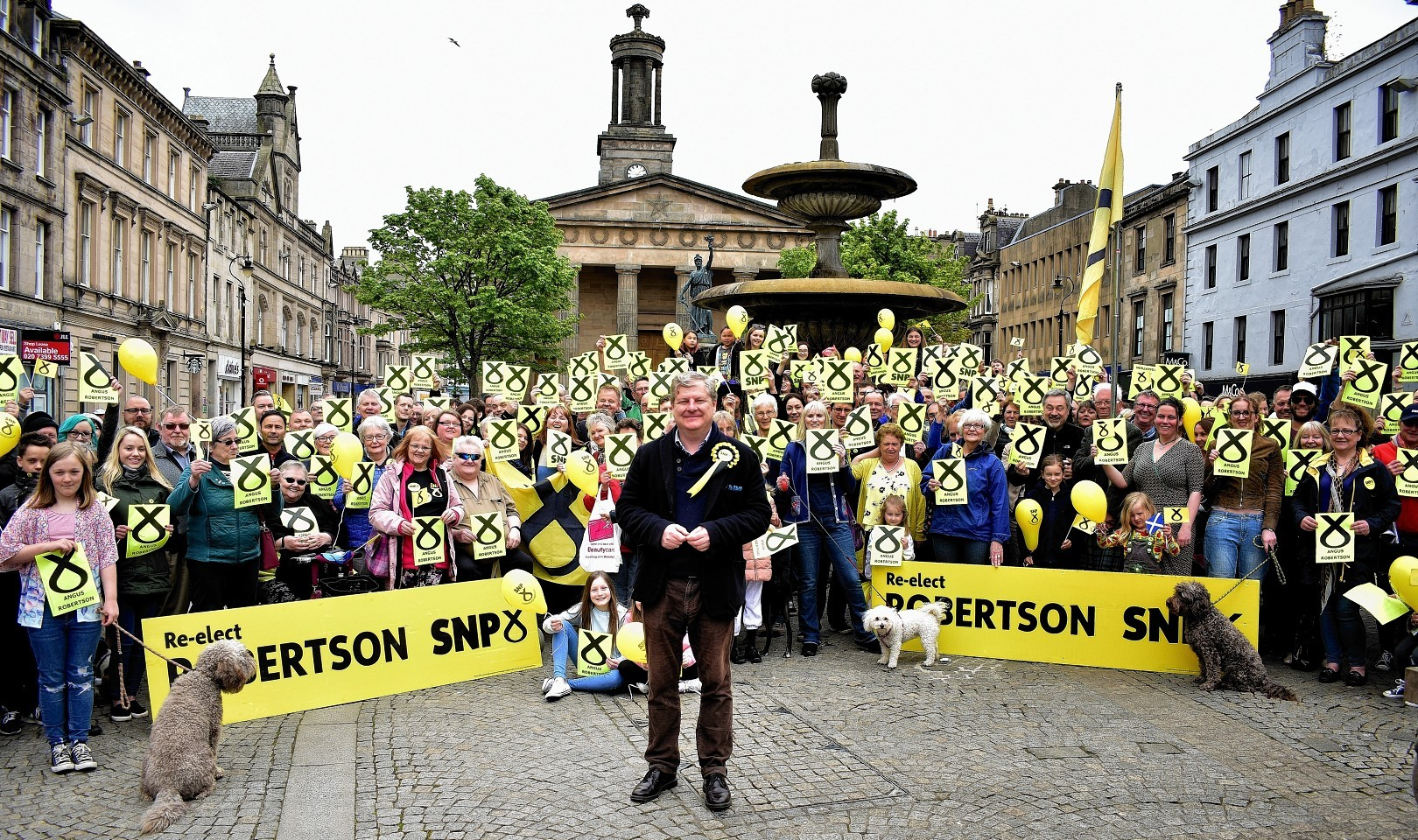 Angus Robertson's General Election campaign in Elgin