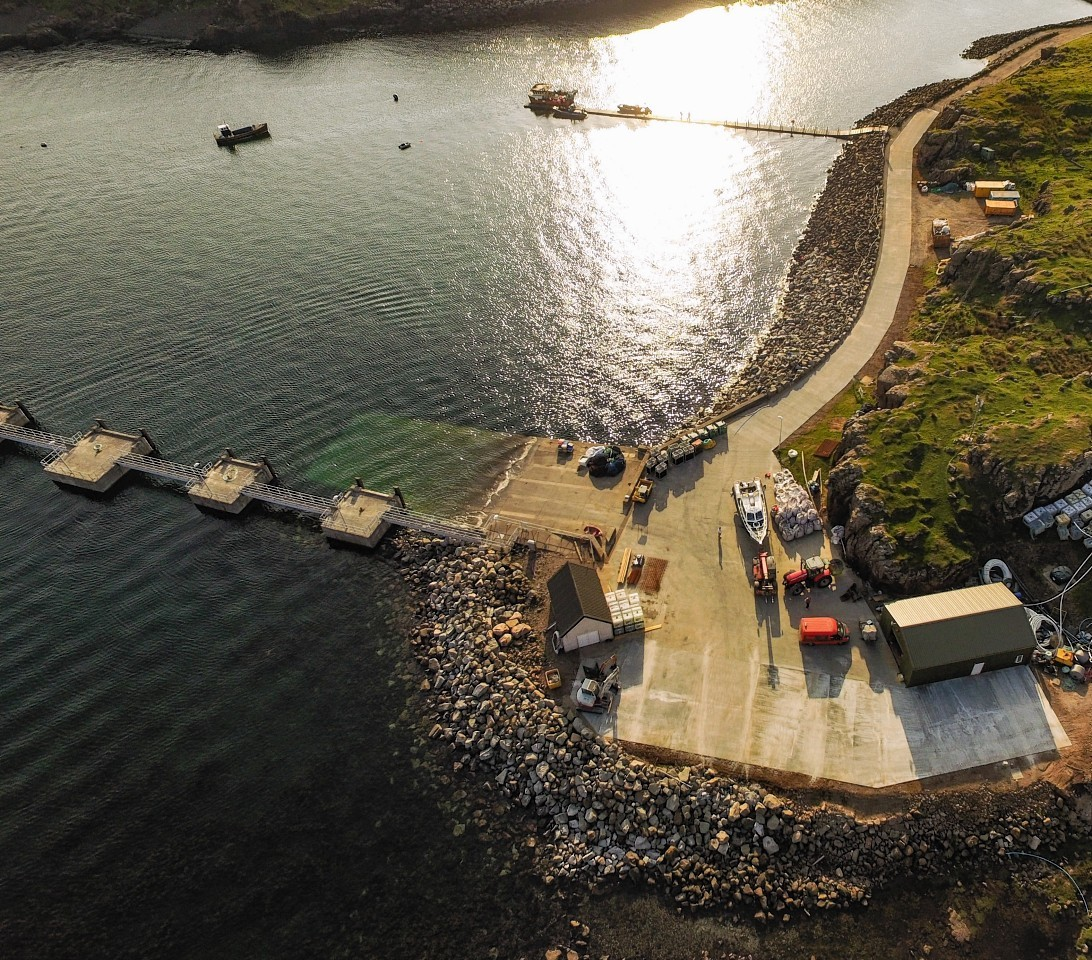 The new jetty on Muck