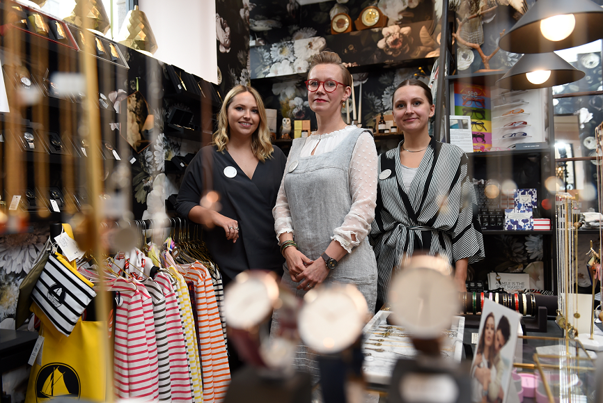 Curated Stories are opening up a secondary property just down the road from their Claremont Street shop on Chattan Place.  Picture of (L-R) Olivia Blewett, Tytti Peltoniemi, Michelle Ferguson.
