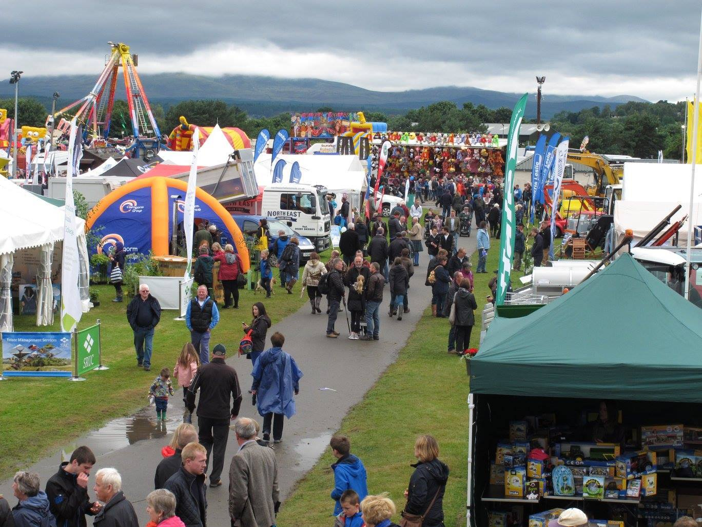 Crowds at the Black Isle Show