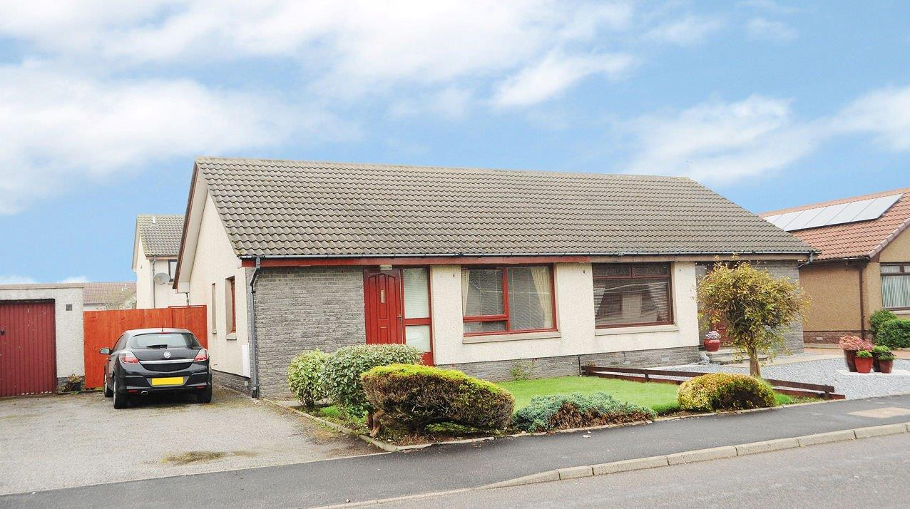 The house, at Number Eight Broomfield Road, is within easy walking distance of a host of communities in the popular commuter town of Portlethen,