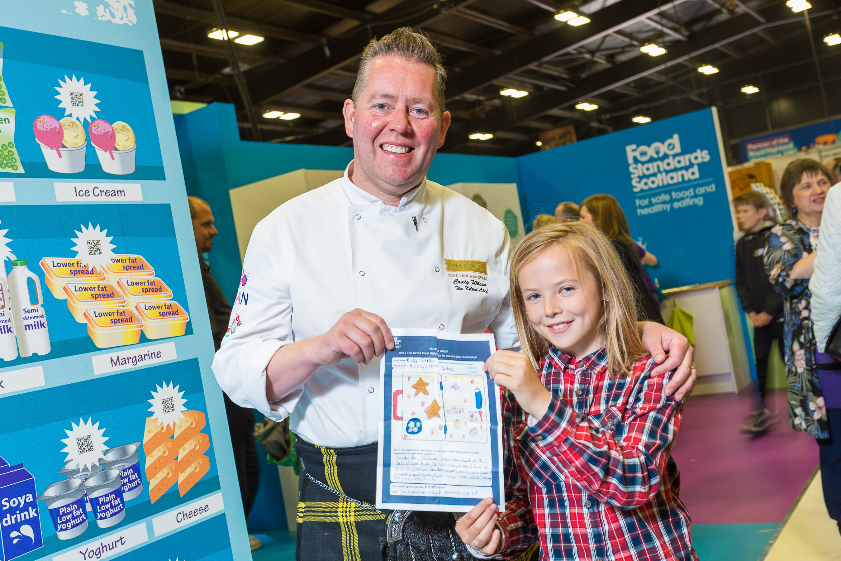Craig Wilson (the Kilted Chef) and P4/5 Macduff Primary pupil, Ruby Geddes (10) with her winning 'Munch that Lunch' entry
