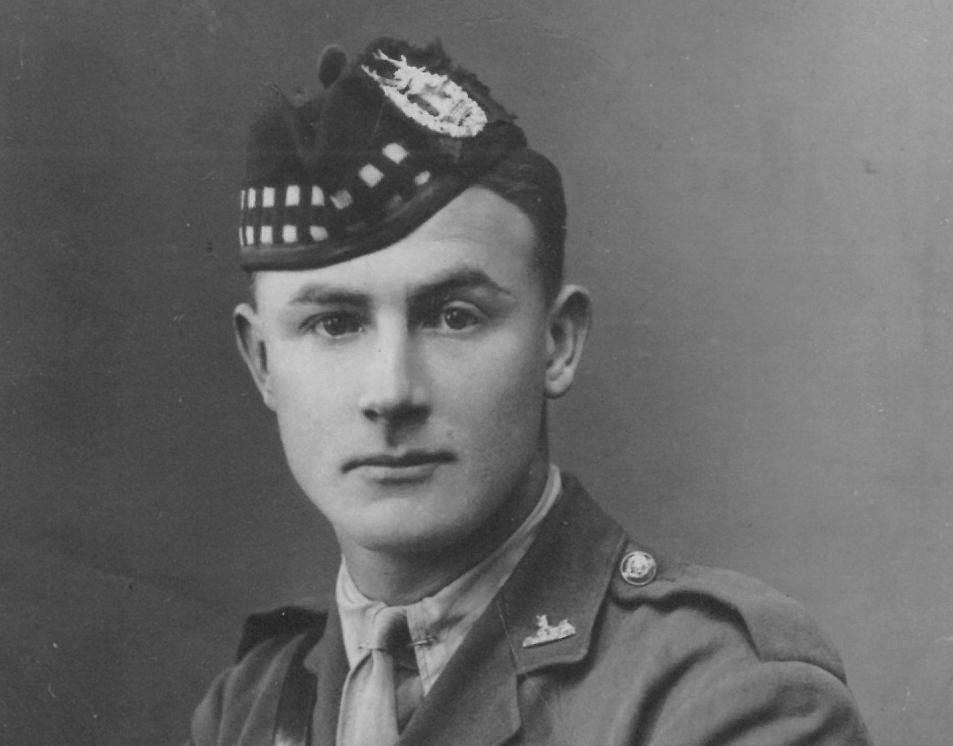 Capt Ronald Ketih Gordon 3rd (attd 1st Bn ) 1915