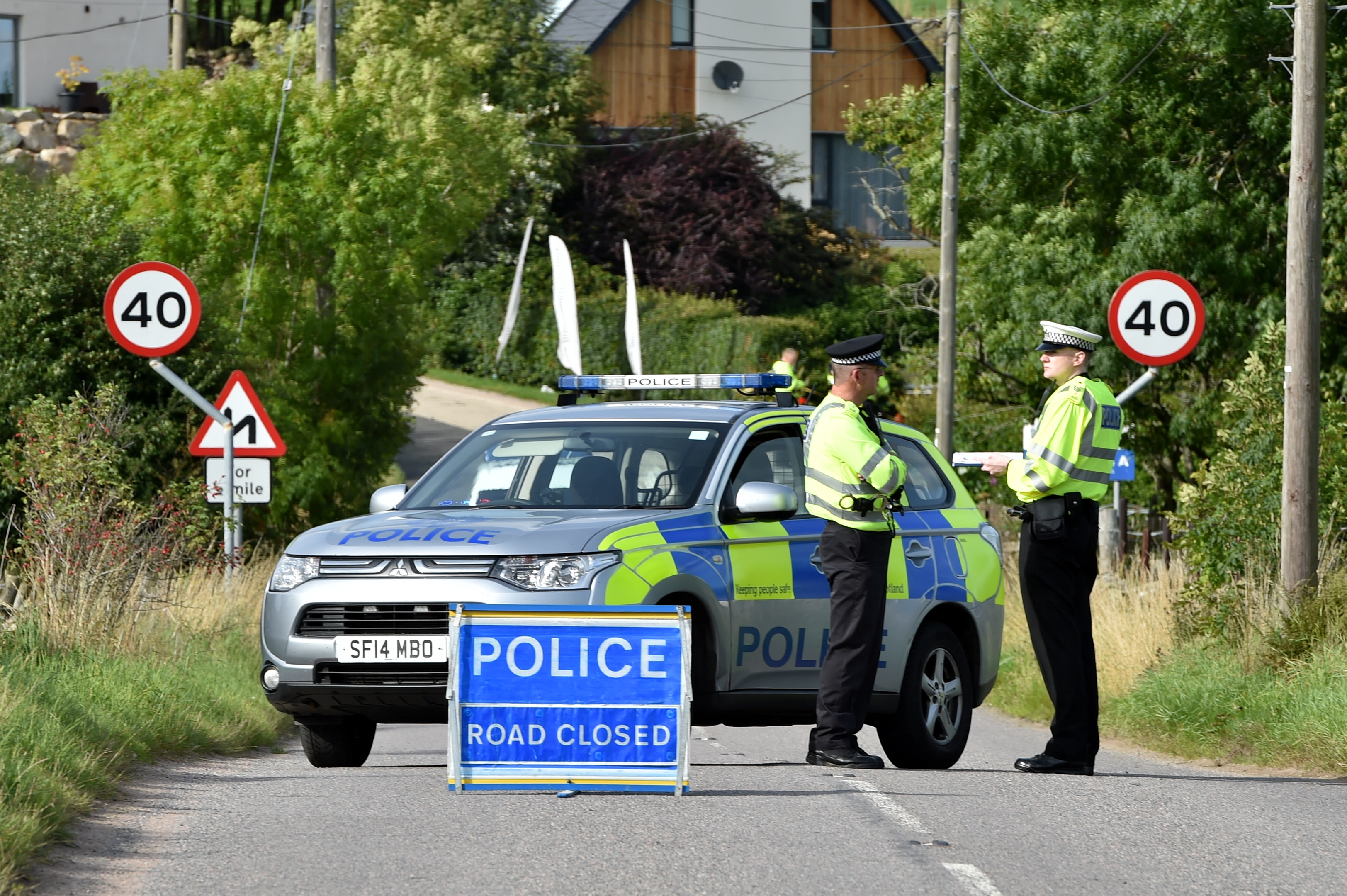 The scene on the  B976 South Deeside Road between the junctions for B993 and the B974.
