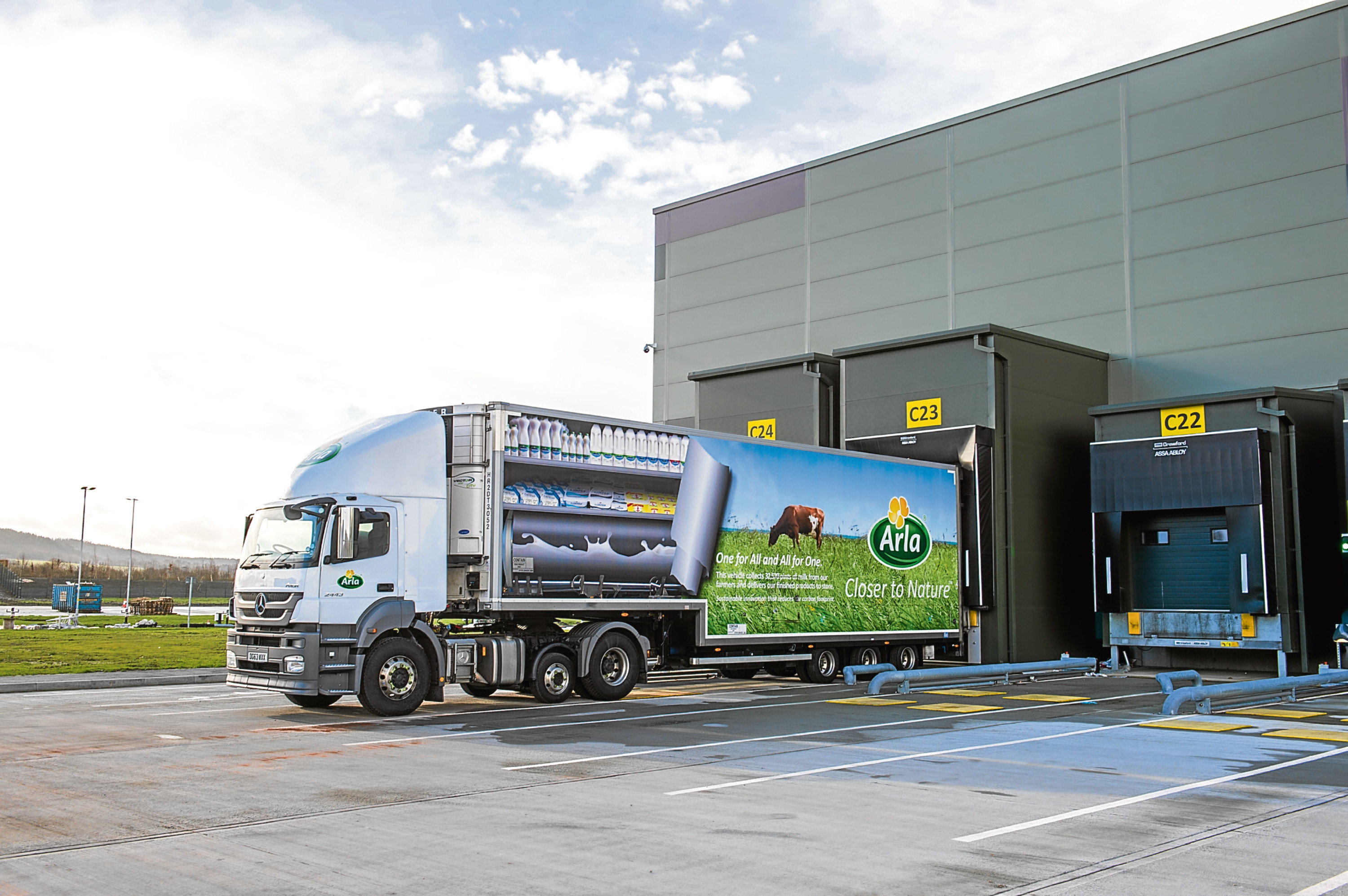 Arla buys milk from one in four UK dairy farmers