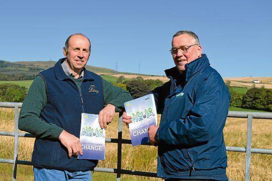 Kinross farmer Mark Thomson and NFU Scotland president Andrew McCornick