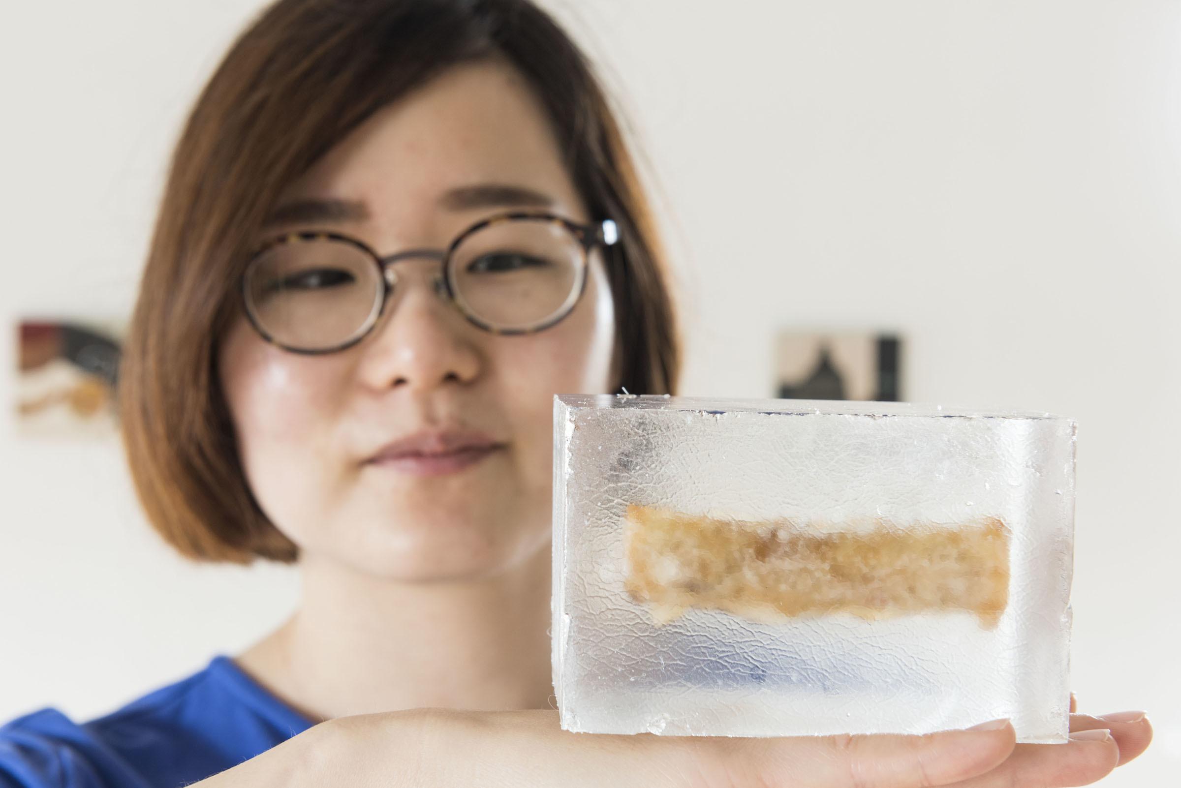 Korean artist Jeehee Park with her work that was inspired by Glenfiddich Distillery.