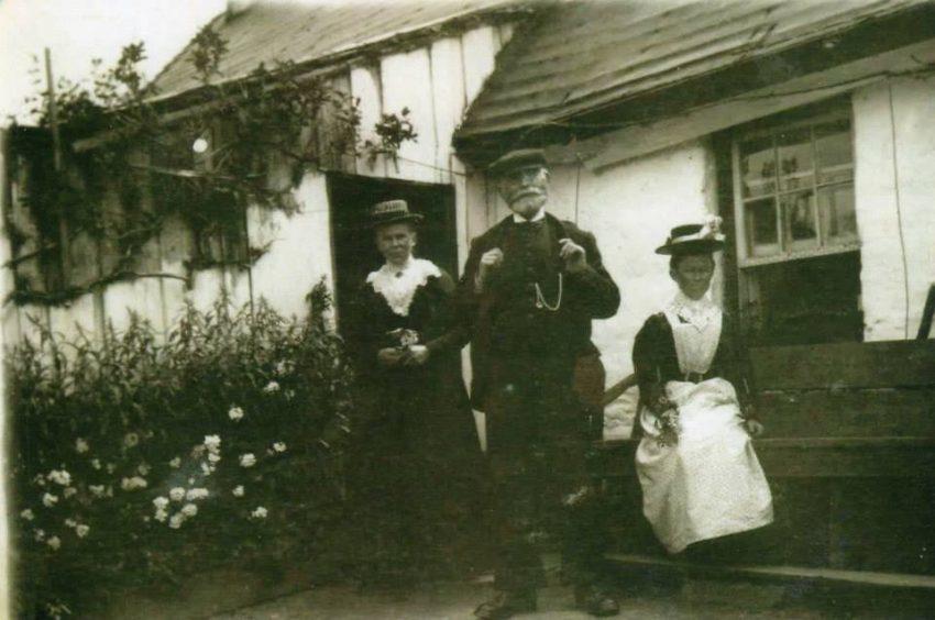 Katie, Jimmy & Jessie Downie in the 1900's.