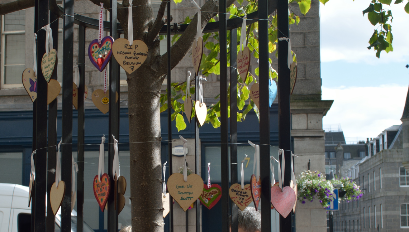 Hundreds of hearts were strung up in memory of those who have died of drug overdoses