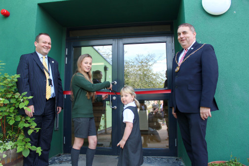 The oldest and youngest pupils, Helena in primary 7 and Emma in primary 1, had the honour of cutting the ribbon on the £4.5 million refurbishment, alongside Convener of Moray Council, Cllr James Allan, and Education Director, Laurence Findlay.