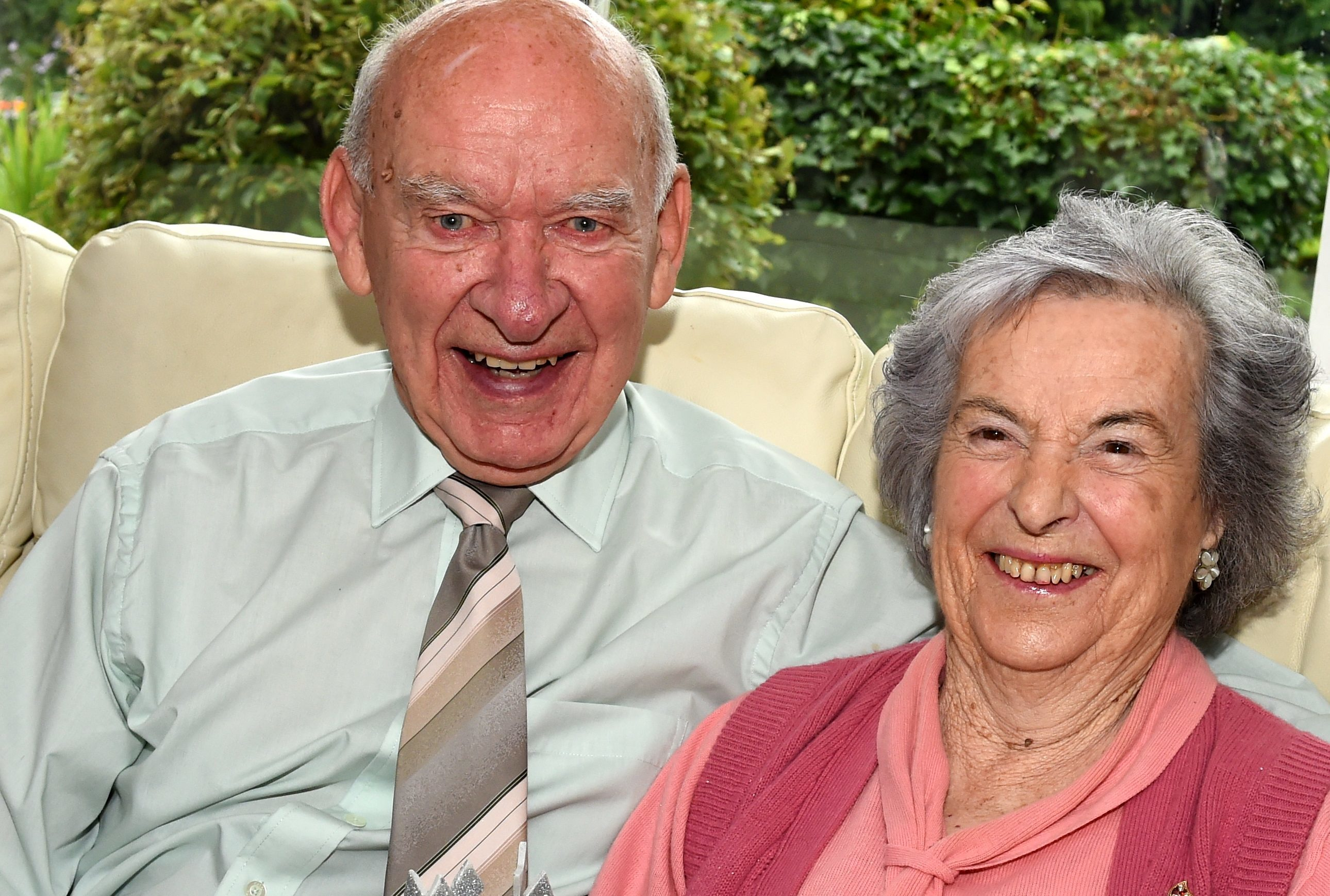 Celebrating their 60th wedding anniversary are Angus and Elizabeth Sword, Aberdeen.  Picture by Jim Irvine
