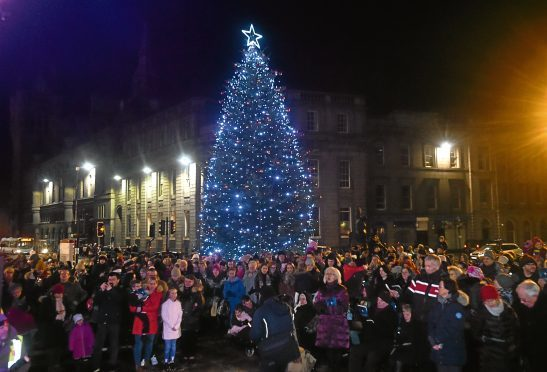 Christmas Light Switch On at the Castlegate. Picture by Heather Fowlie.