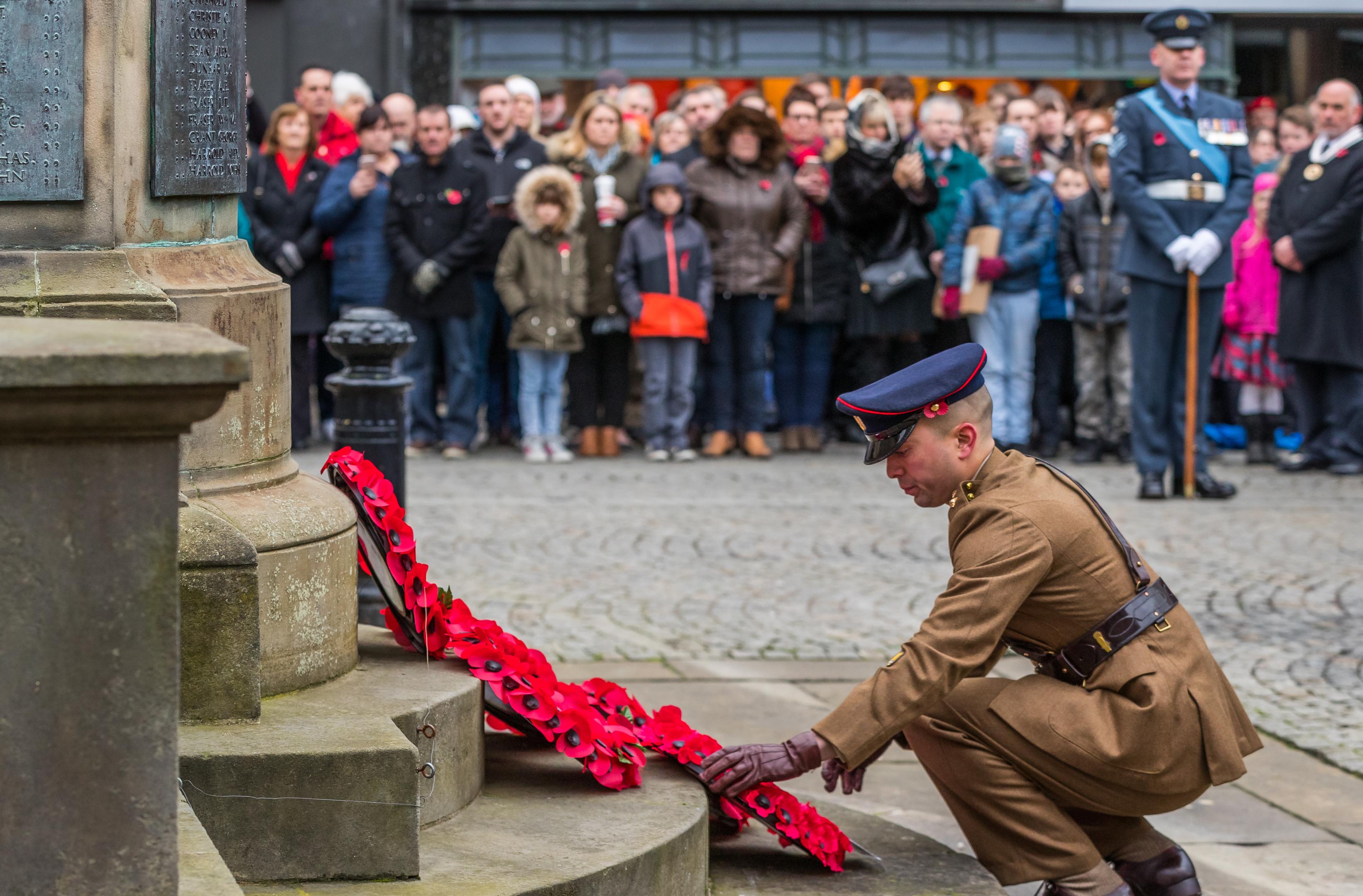39 Engineer Regiment lays its wreath