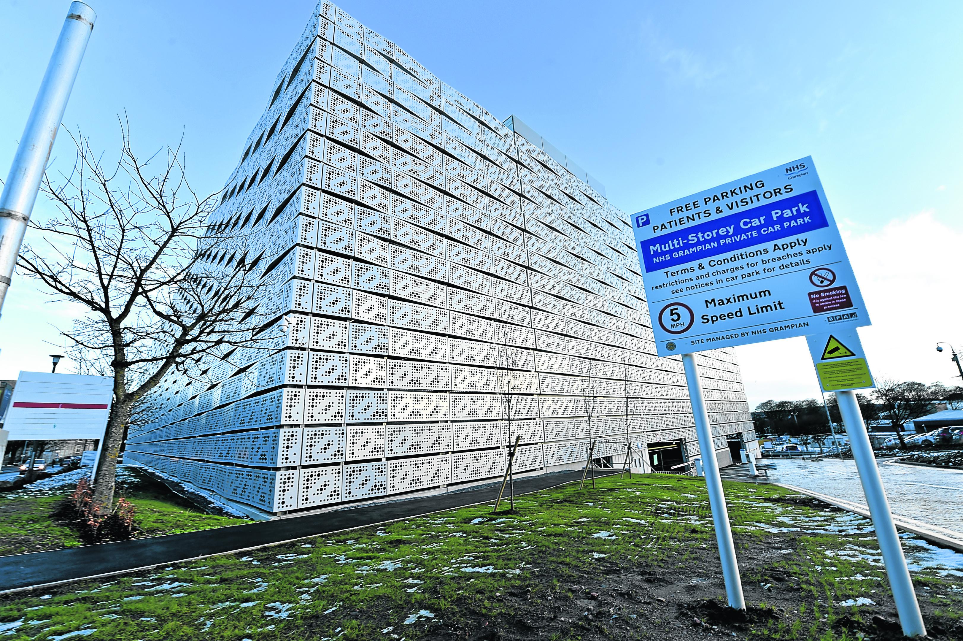 Aberdeen Royal Infirmary (ARI) car park