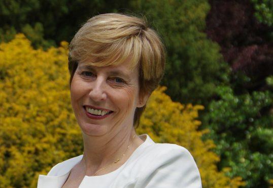 Dr Carol Robertson