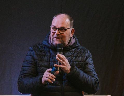 Pastor Iain Duthie