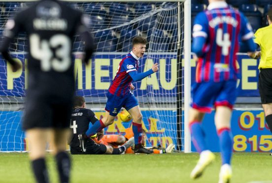 Inverness Daniel McKay (C) celebrates his goal